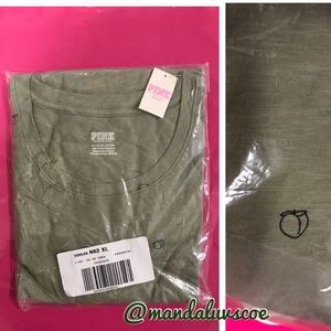 💕VS PINK SHALE GREEN PEACH LOGO PERFECT CREW TEE